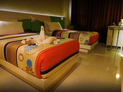 Superior Twin2_web. dewarna hotel bojonegoro by nyono jovani